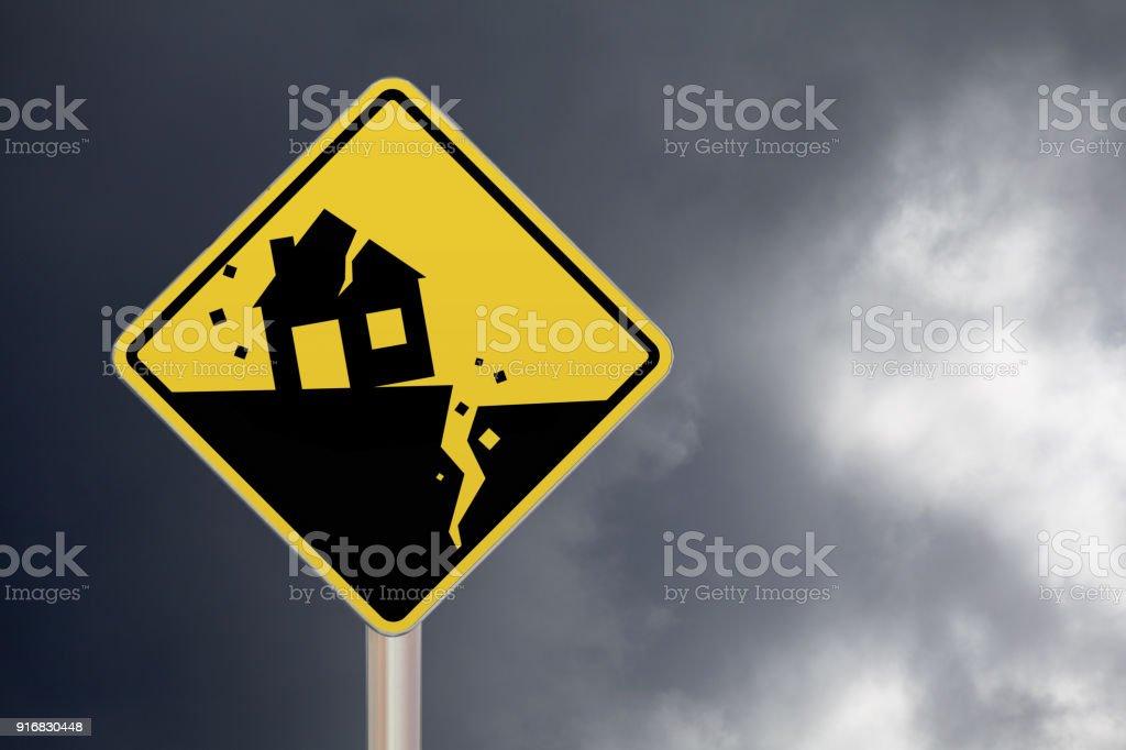 Crossing sign - Earthquake - Foto stock royalty-free di Ambientazione esterna