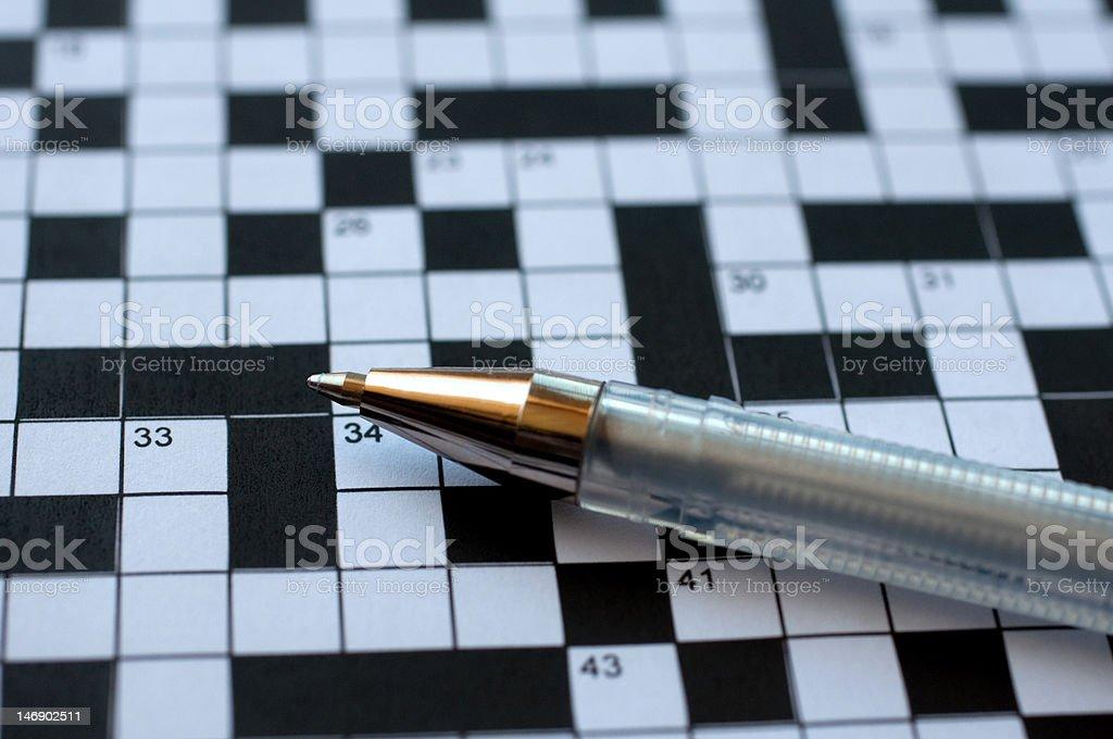 Kreuzworträtsel und Stift – Foto