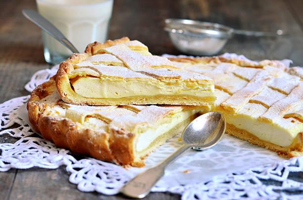 crostata mit ricotta. - crostata stock-fotos und bilder