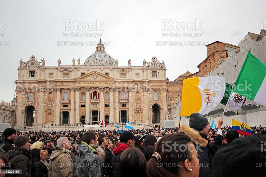 Crowd before Angelus of Pope Francis I stock photo