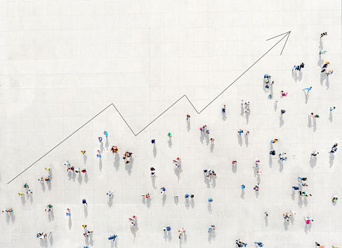 Crowd from above forming a growth graph