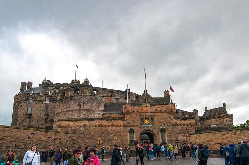 Edinburgh, Gret Britain - May 28, 2019: crowd in front of Edinburgh Castle