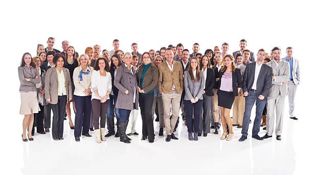 gruppe von glückliche unternehmen menschen isoliert auf weiß. - große personengruppe stock-fotos und bilder