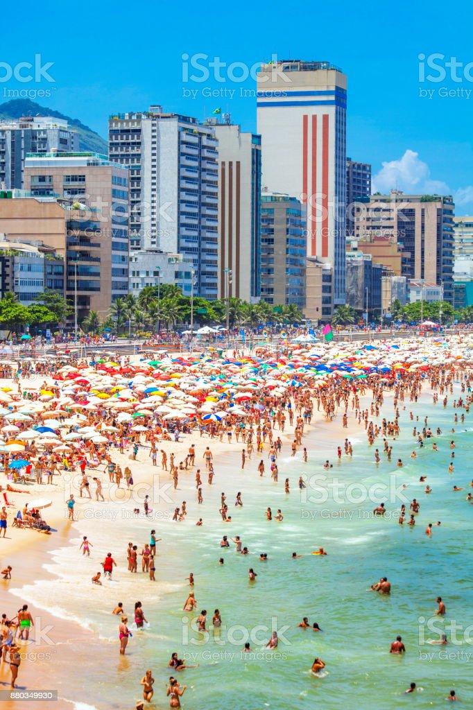 Überfüllten Strand von Ipanema - Rio De Janeiro, Brasilien – Foto