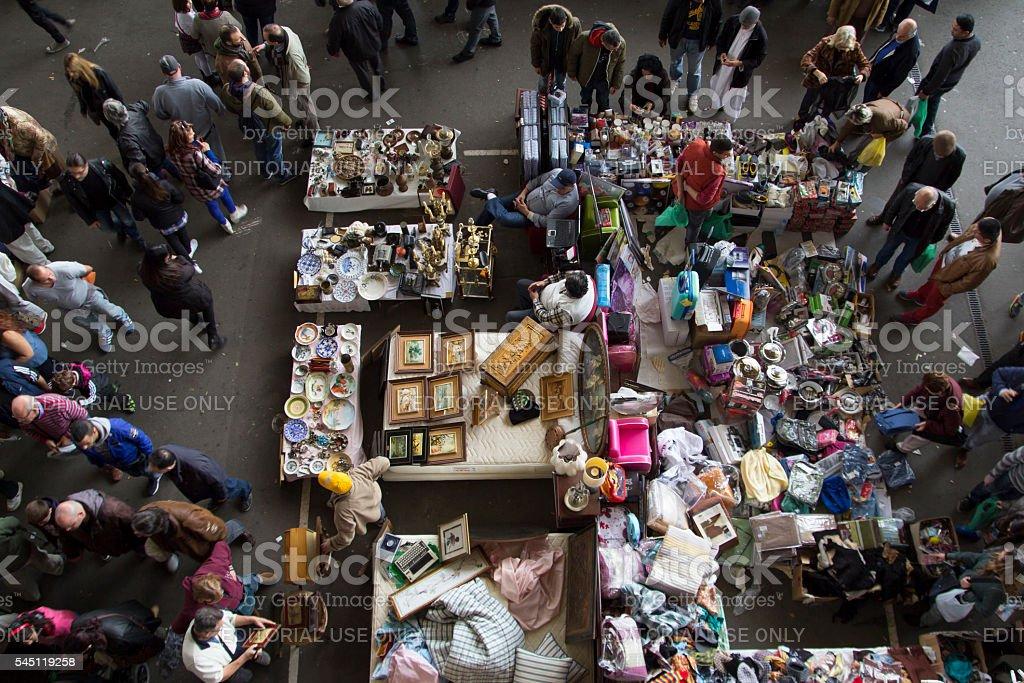 Mercado abarrotado en Barcelona - foto de stock