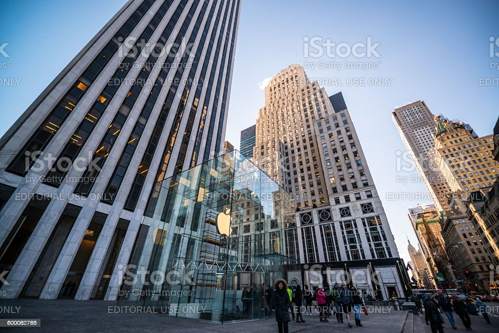 Crowds around Apple Store on 5th Avenue, NYC stock photo