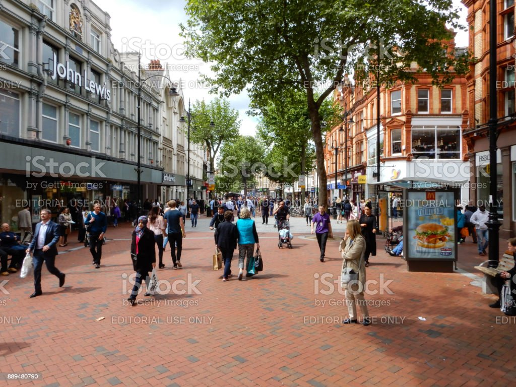 Crowds of shoppers in Broad Street, the main shopping road in Reading stock photo