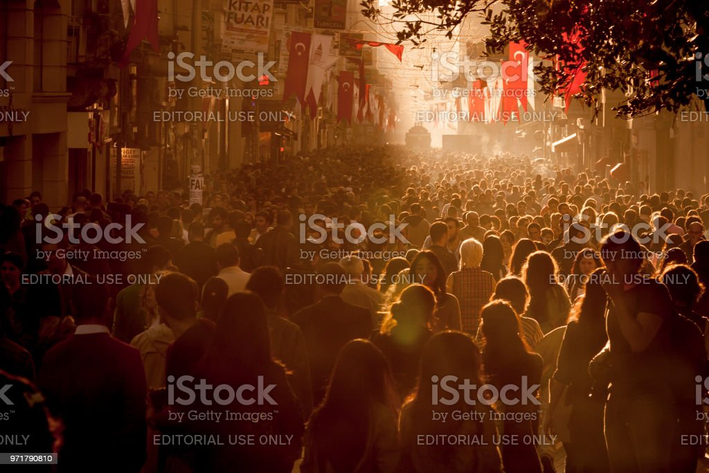 Crowds of shoppers on Istiklal Avenue in the centre of Istanbul, Turkey stock photo