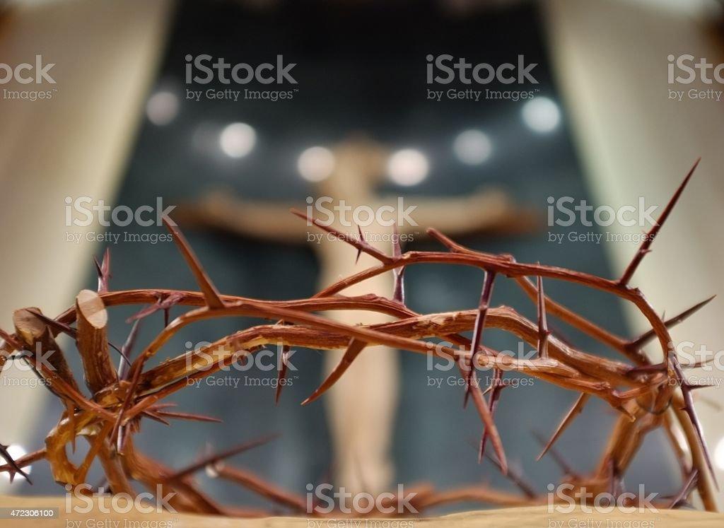 Coroa de espinhos com Crucifixo Cross--Horizontal - foto de acervo