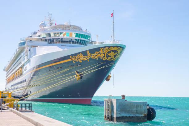 Cruise liner disney magic at key west florida picture id908340648?b=1&k=6&m=908340648&s=612x612&w=0&h=ohcrdmdszkwcykykyw s umtll geg27nh4tlpu212e=