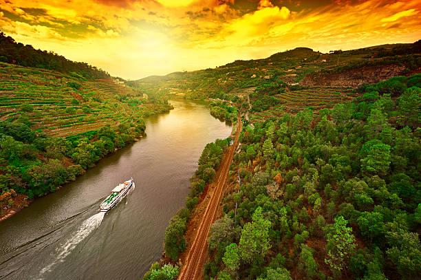 cruzeiro - douro imagens e fotografias de stock
