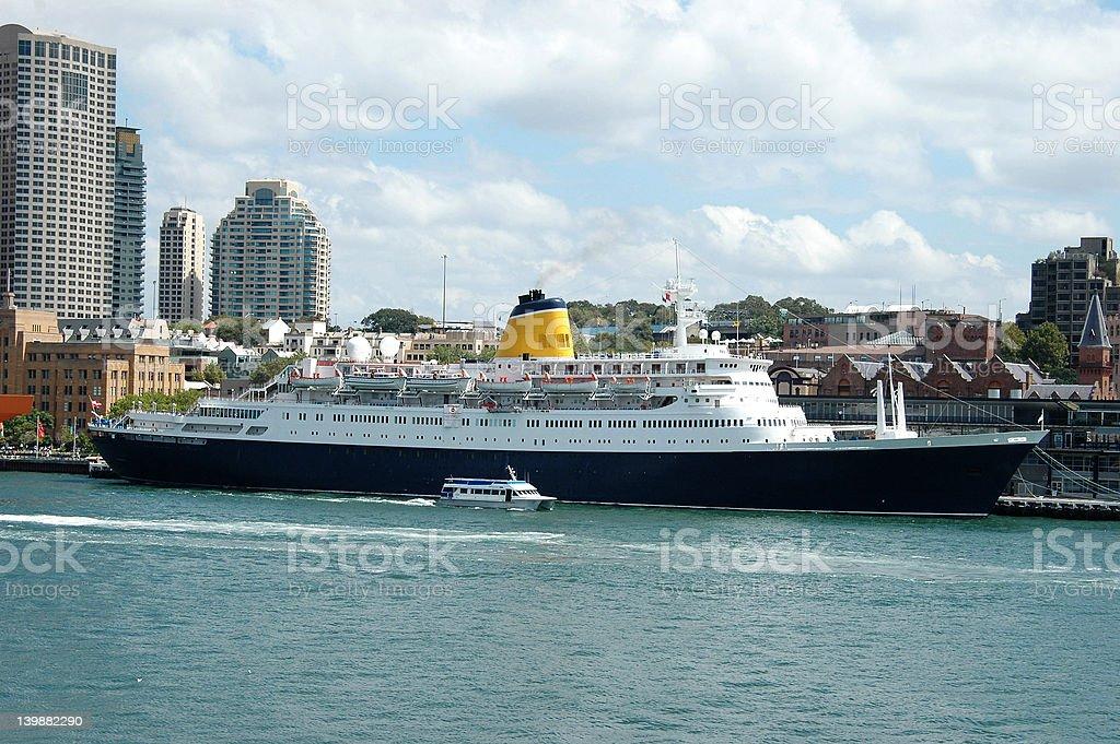 Cruise Ship 2 royalty-free stock photo