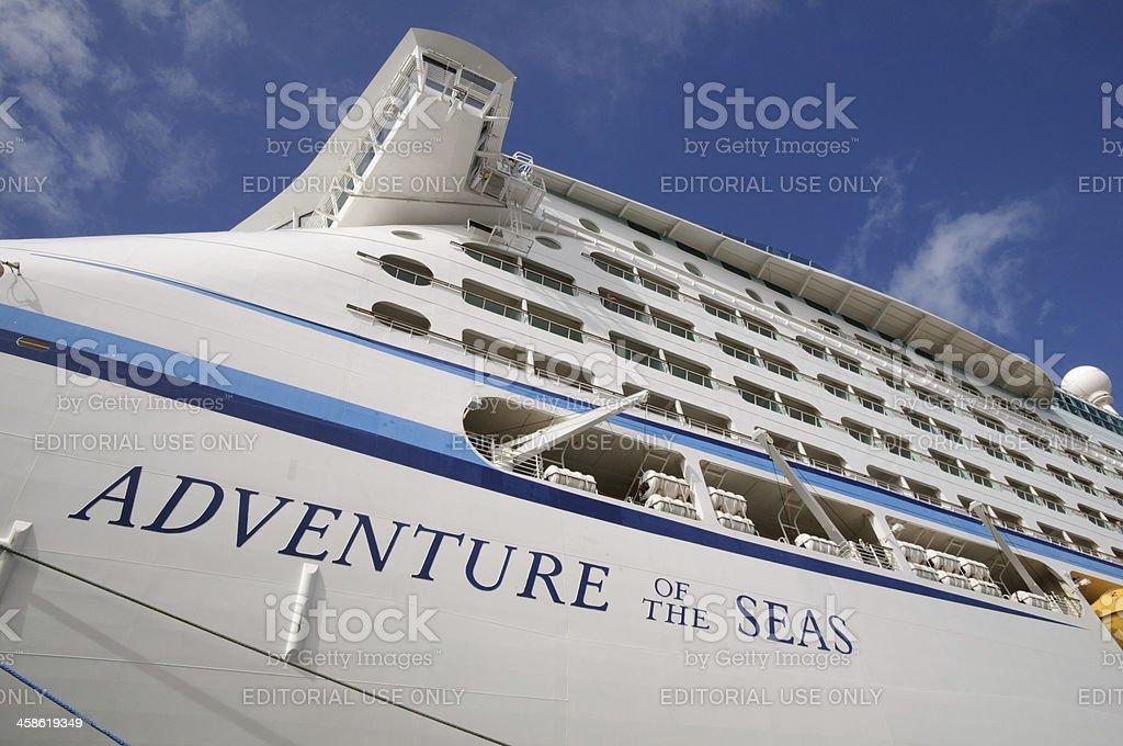 Kreuzfahrtschiff-Abenteuer auf See – Foto