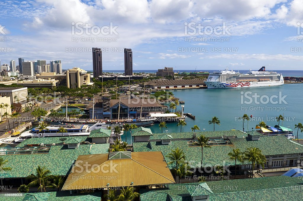 Cruise ship and Aloha Tower Marketplace in Honolulu stock photo