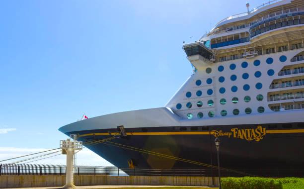Cruise ship disney fantasy by disney cruise line docked in falmouth picture id969381928?b=1&k=6&m=969381928&s=612x612&w=0&h=e7jg0rx6ushasvymdgvd5kiirvkxtquexhn4l21bofw=