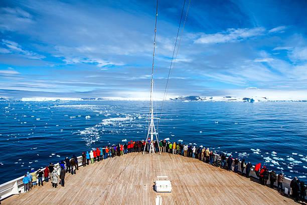 Crucero en la Antártida - foto de stock