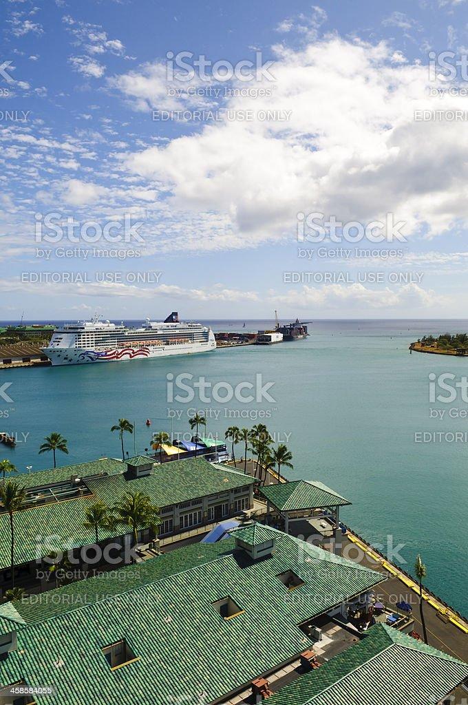 Cruise ship in Honolulu, Oahu, Hawaii stock photo