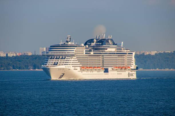 Kreuzfahrtschiff in Tallinn. – Foto