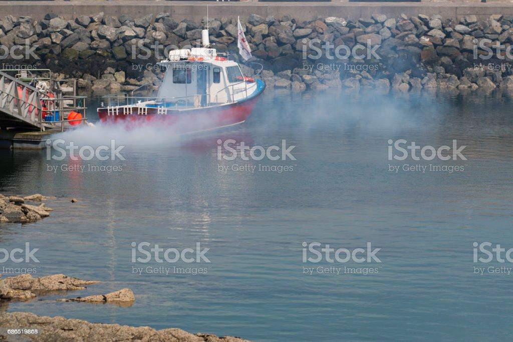 A cruise ship sailing out of Bangor Bay zbiór zdjęć royalty-free