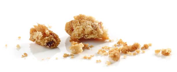 crumbs of cookie - bolo de bolacha imagens e fotografias de stock