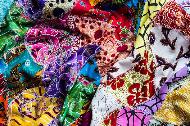 crumpled collage various fabric - patchworkstoffe stock-fotos und bilder
