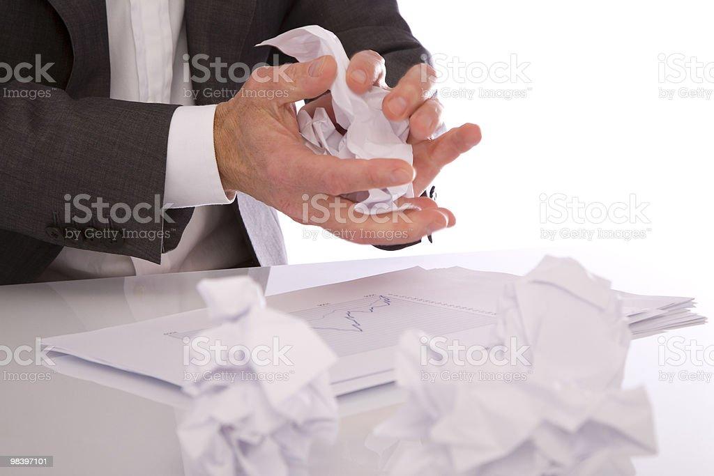Crumpling carta foto stock royalty-free