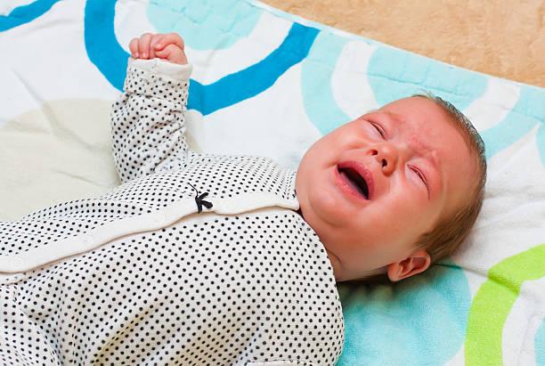 crying baby - jagdthema schlafzimmer stock-fotos und bilder