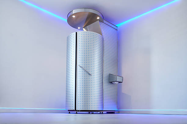 Cryo sauna for whole body cryotherapy Cryo sauna for whole body cryotherapy treatment. Cryotherapy booth in cosmetology clinic. Whole body cryotherapy treatment for pain, performance, and recovery. cryotherapy stock pictures, royalty-free photos & images