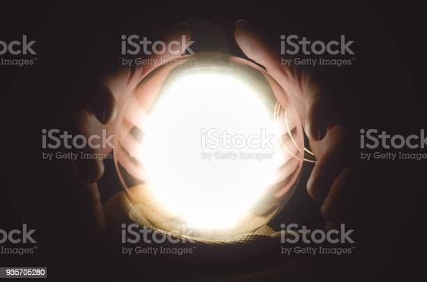Crystal ball future reading the seance picture id935705280?b=1&k=6&m=935705280&s=612x612&h=iy0zcaxu0yrtxhlpg dgaqmdf n 6x tbugnphbkztg=