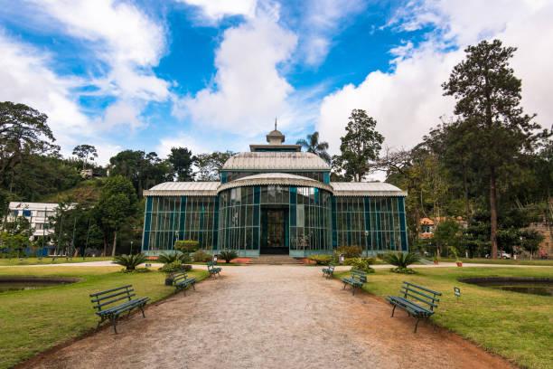 Crystal Palace im öffentlichen Park von Petropolis Stadt – Foto