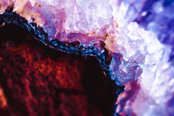 powierzchnia makrominerna z kamienia kryształu - minerał zdjęcia i obrazy z banku zdjęć
