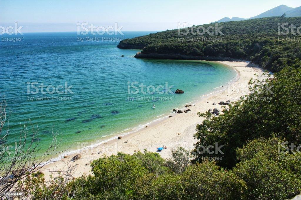 Crystalline waters of Galapinhos Beach in Lisbon - Zbiór zdjęć royalty-free (Atmosfera - Wydarzenia)