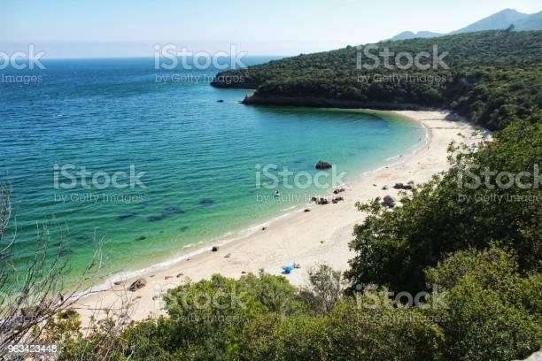 Krystaliczne Wody Plaży Galapinhos W Lizbonie - zdjęcia stockowe i więcej obrazów Plaża