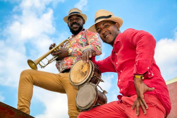 trompet, havana, küba küba müzisyen - reggae stok fotoğraflar ve resimler