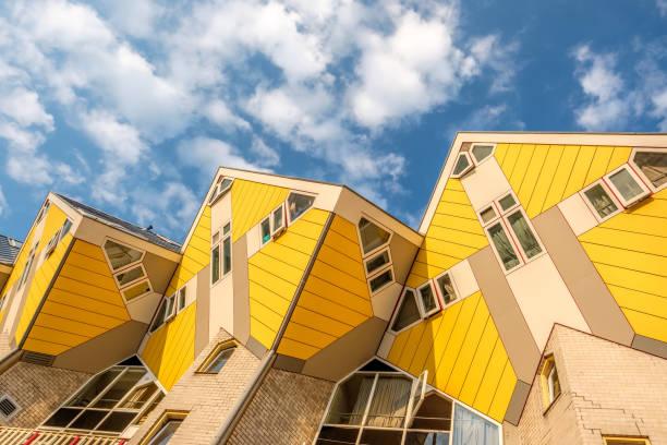 Kubushäuser in Rotterdam, Zuid-Holland, Niederlande. – Foto