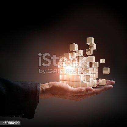 istock Cubes Transform 482650499