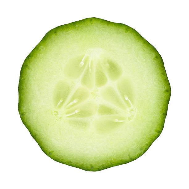 porzione di cetriolo su bianco - fetta foto e immagini stock