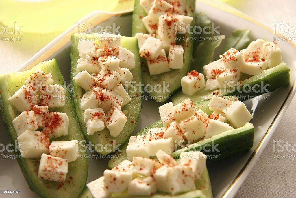 Огурцы с сыром. Стоковые фото Стоковая фотография