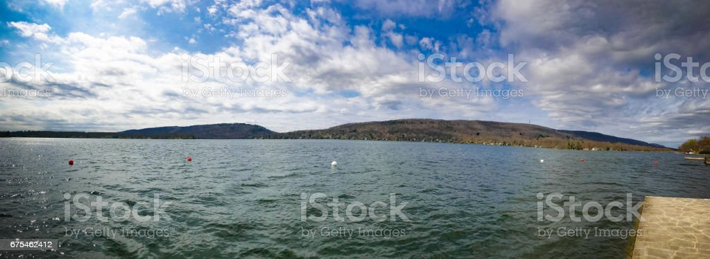Vue panoramique du lac de colombes photo libre de droits