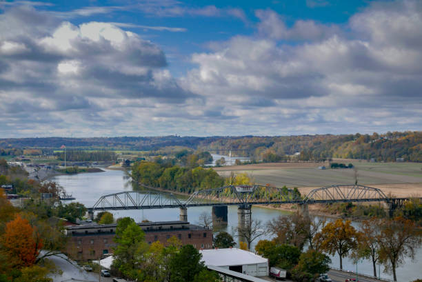 Cumberland River in middle tennessee scene of cumberland river in Clarksville, TN tennessee stock pictures, royalty-free photos & images