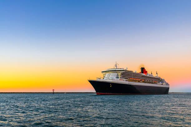 Kreuzfahrtschiff der Cunard Line-Queen Mary 2 – Foto