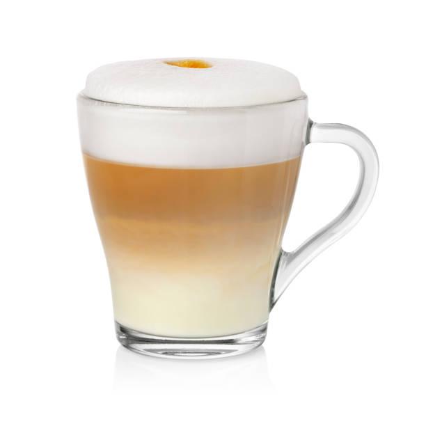 tasse cappuccino auf weiß - cappuccino stock-fotos und bilder