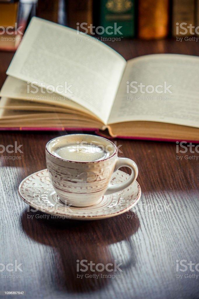 Eine Tasse Kaffee Und Einen Rauch Guten Morgen Im Büro Bei