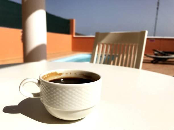 커피 한 잔 한 인명별 표 - 커피 마실 것 뉴스 사진 이미지