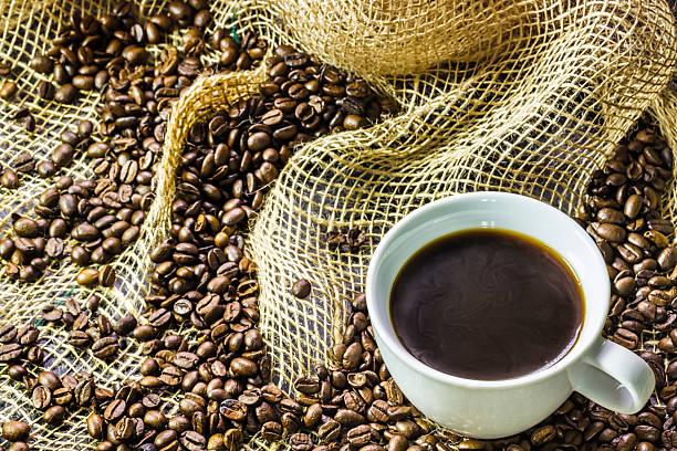 tasse kaffee - schwarzer kaffee net stock-fotos und bilder