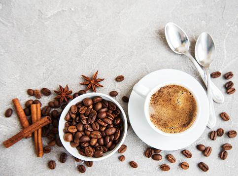 잔의 커피 가방에 대한 스톡 사진 및 기타 이미지