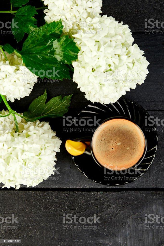 Tasse Kaffee Mit Blumenstrauß Hortensie Guten Morgen Wohnung