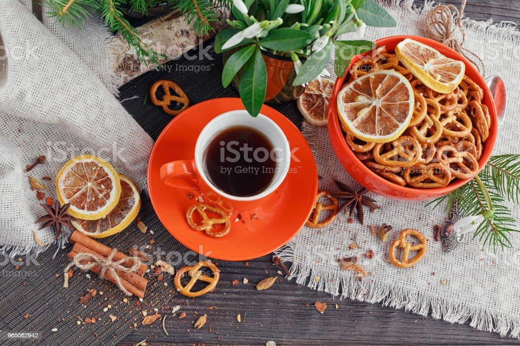 Cup of coffee with cookies zbiór zdjęć royalty-free