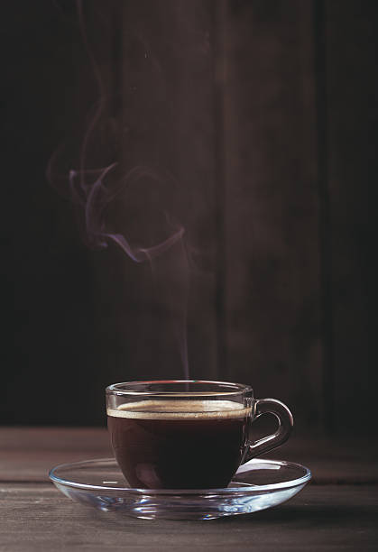 Tasse Kaffee mit fume – Foto
