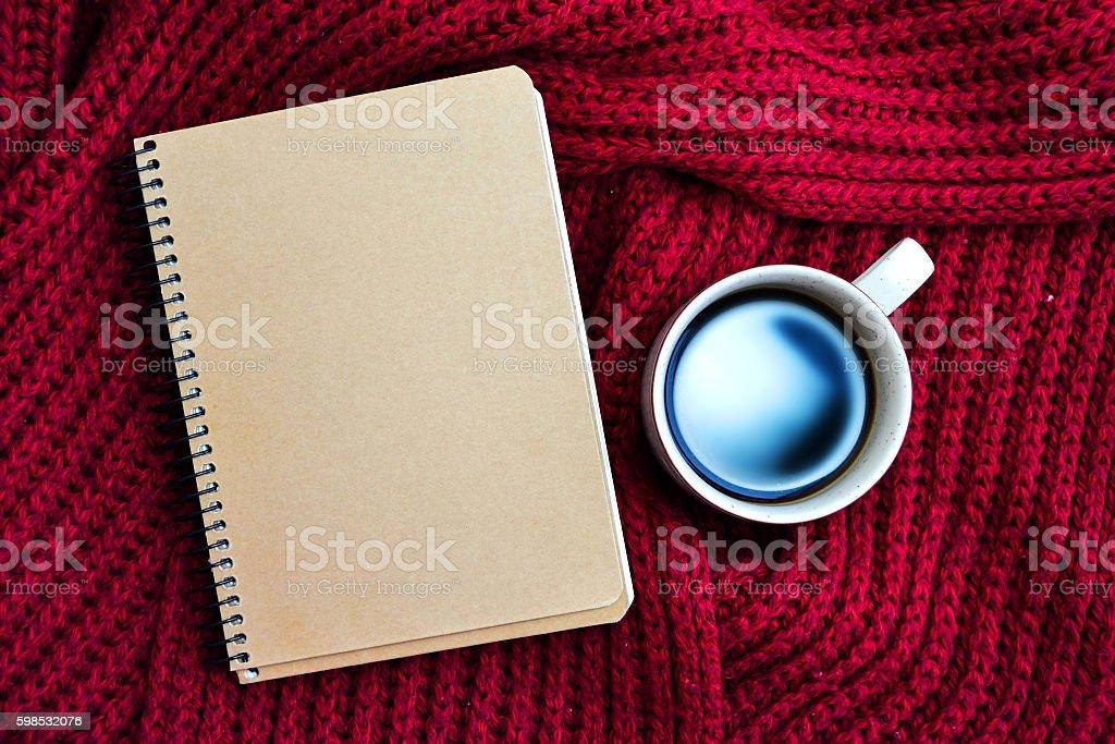 Tasse de café avec écharpe photo libre de droits